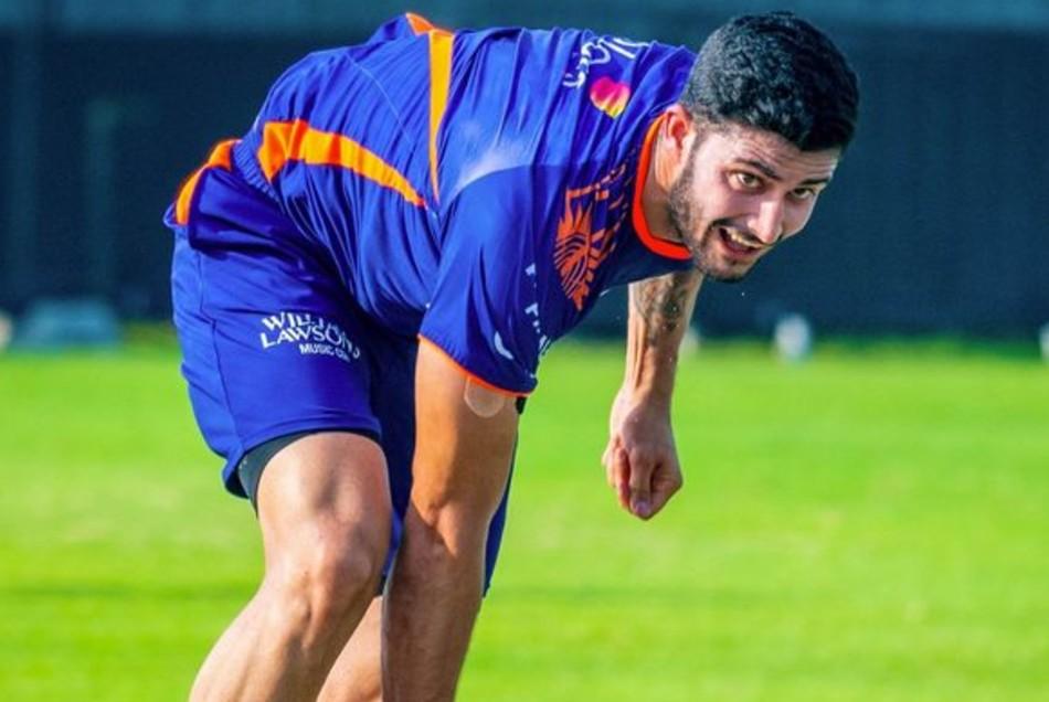 IPL 2021: जब जहीर खान के मुंह से अपना नाम सुन रोने लगा यह तेज गेंदबाज, जानें क्यों