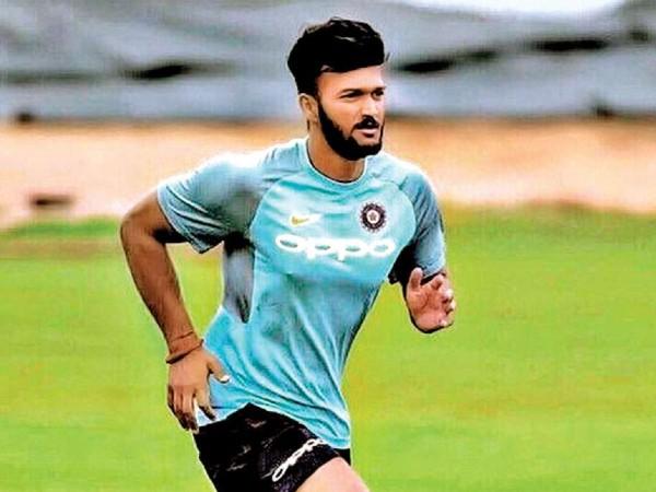 भारत के लिये खेलने का है सपना