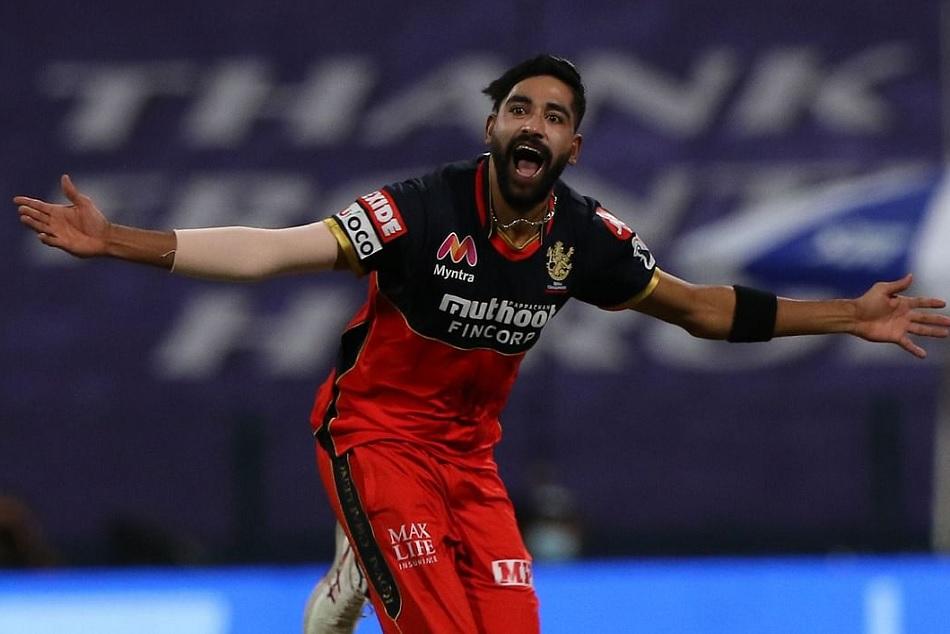 कोहली ने शाहबाज से क्यों करवाया था 17वां ओवर, मोहम्मद सिराज ने खोला राज