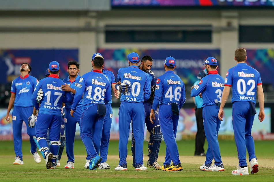 IPL 2021: Aakash Chopra suggests 3 overseas players for MI, also talks about SRH playing XI