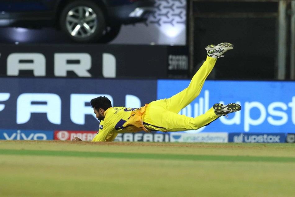 IPL 2021 : जडेजा की खतरनाक फील्डिंग ने जीता दिल, टूटा धोनी का रिकाॅर्ड