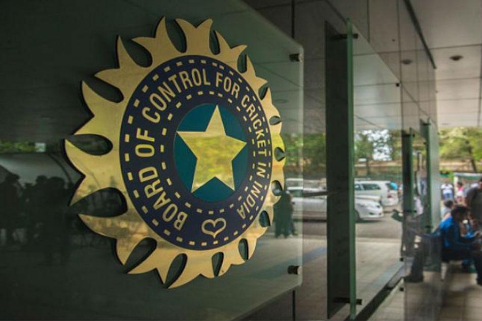 इसे भी पढ़ें- T20 World Cup 2021 के लिए बीसीसीआई करेगा स्पेशल मीटिंग, कोविड-19 पर होगी चर्चा