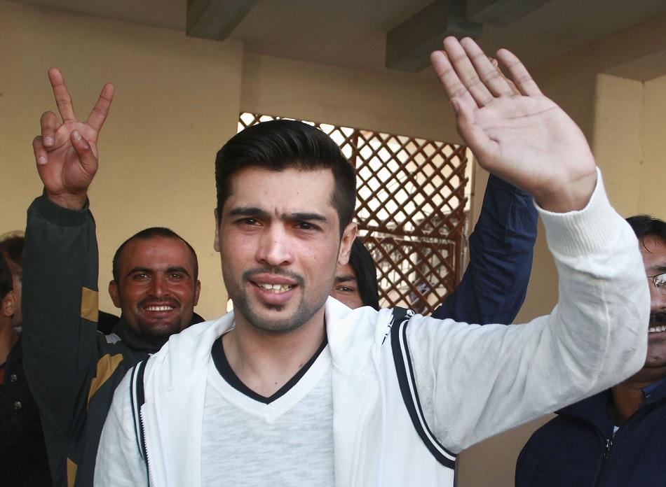 Mohammad Amir retaliates on Danish Kaneria allegations
