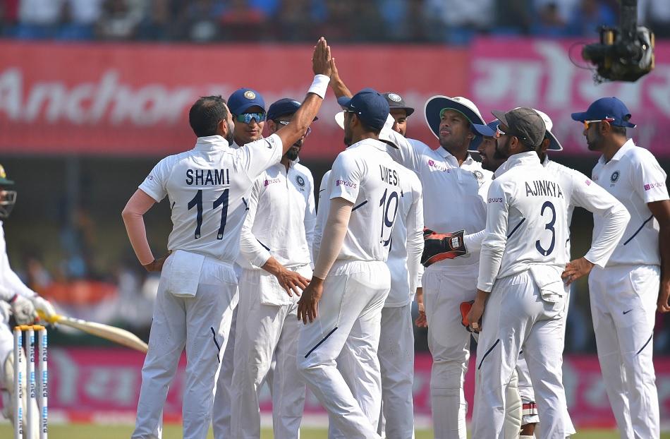 संजय मांजरेकर ने चुने टॉप-5 टेस्ट बॉलर, 2 भारतीयों को मिली जगह, एक भी स्पिनर शामिल नहीं