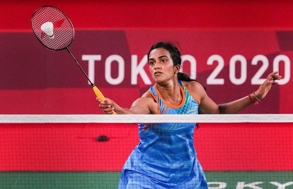 Tokyo 2020: ओलंपिक में पीवी सिंधु ने जीत की हैट्रिक के साथ क्वार्टरफाइनल में प्रवेश किया