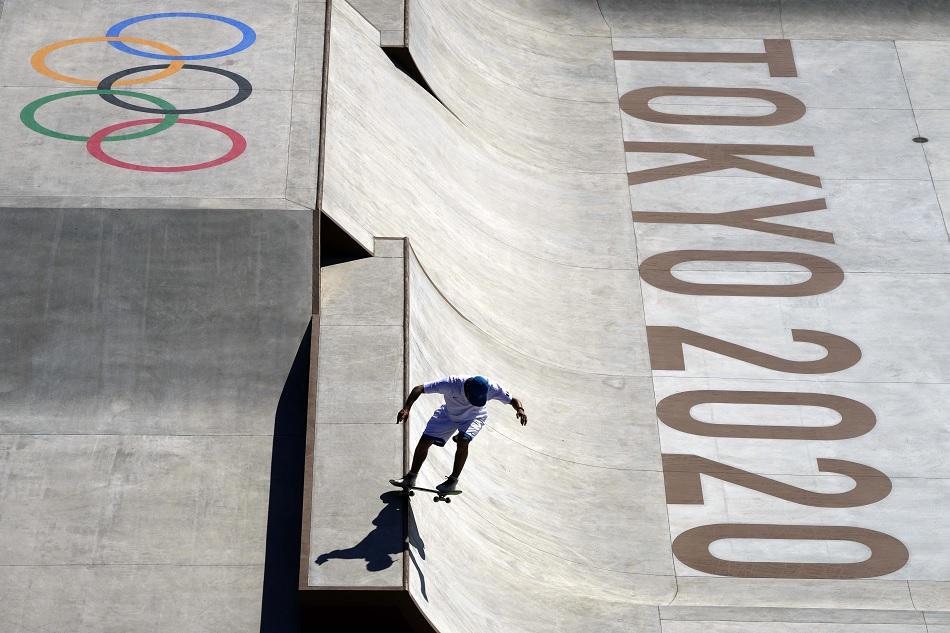 Tokyo 2020: दो ओलंपिक एथलीटों का कोरोना टेस्ट पॉजिटिव, प्रतियोगिता छोड़ने को मजबूर