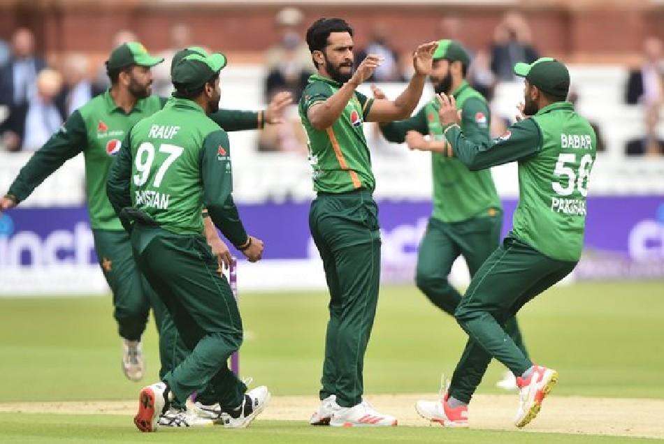 इंग्लैंड की काउंटी टीम से हारा पाकिस्तान