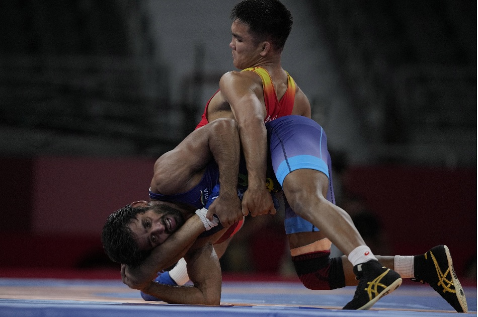 Tokyo 2020: Bajrang Punia races near to medal after reacing 65kg wrestling semi-finals