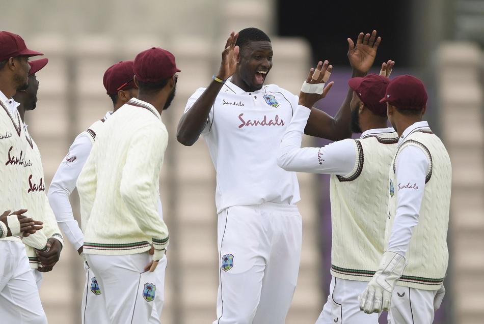 PAK vs WI, 1st Test: पाकिस्तान को 217 रनों पर समेटने में चमके जेसन होल्डर