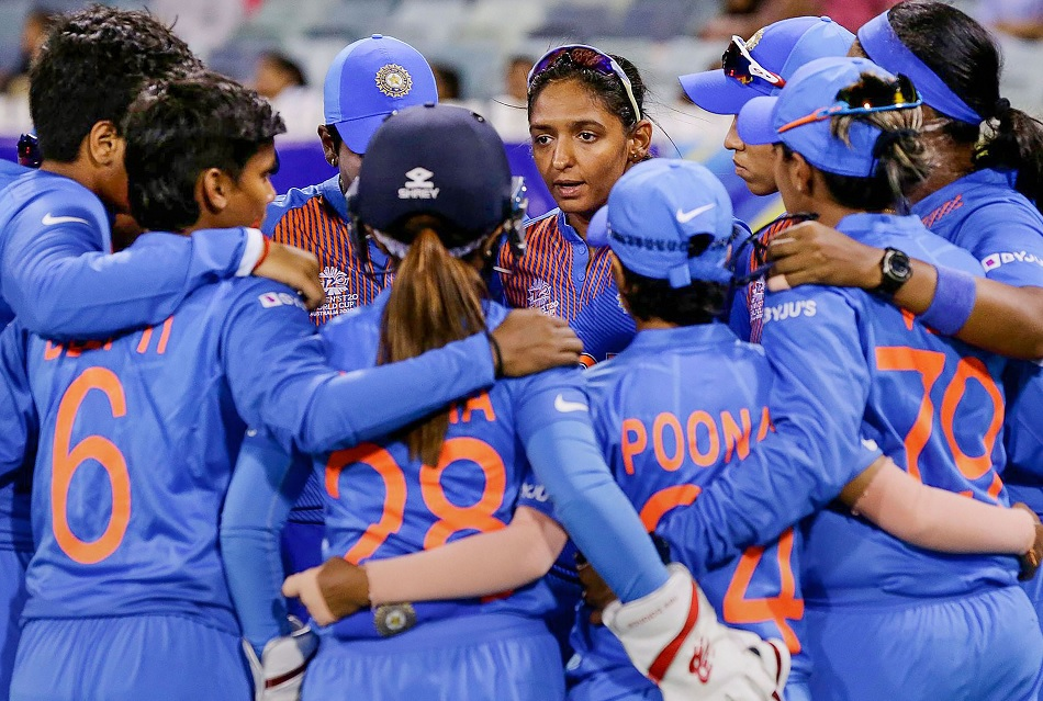 Indian Womens cricket team fielding coach and trainer will leave before Australia tour