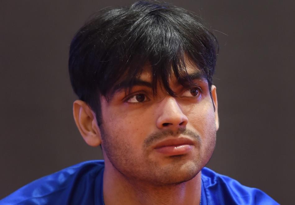 ओलंपिक गोल्ड मेडलिस्ट नीरज चोपड़ा के गले में दुखन और तेज बुखार, हुआ कोविड-19 टेस्ट