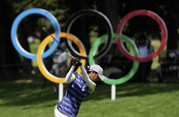अदिति ने गोल्फ में वही किया जो लड़कियों ने हॉकी में कर दिखाया-