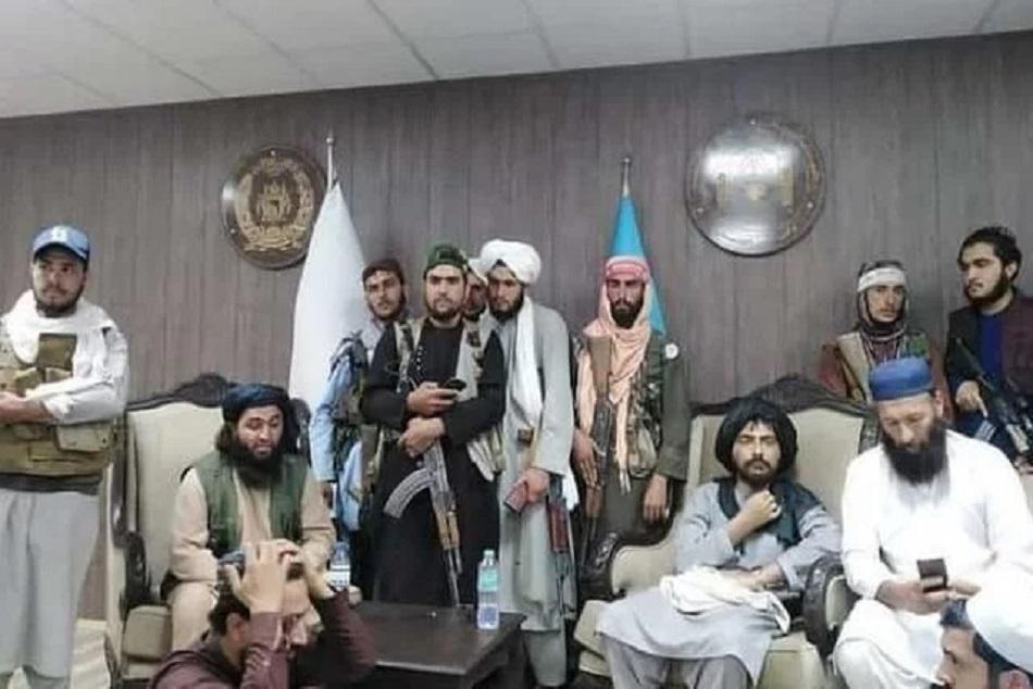 अफगान के क्रिकेट बोर्ड पर Taliban का कब्जा, साथ में नजर आया पूर्व क्रिकेटर