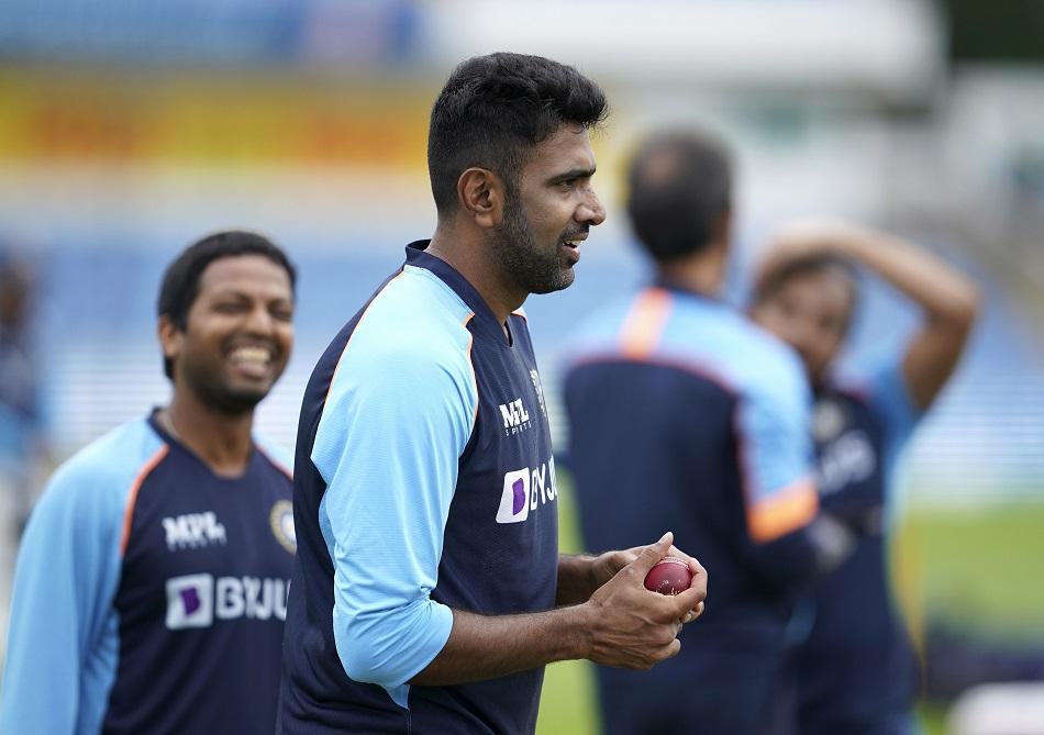 IND vs ENG: अश्विन को चौथे टेस्ट में ईशांत शर्मा की जगह पर खेलना चाहिए- नासिर हुसैन