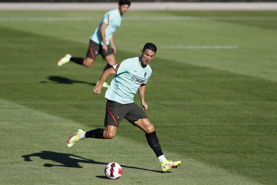 Cristiano Ronaldo becomes highest goalscorer in international mens football, still behind Christine Sinclair