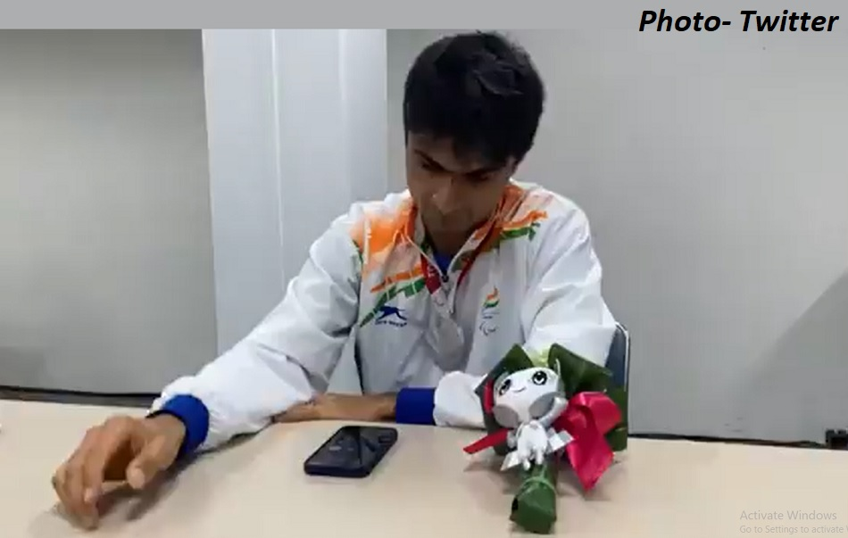 Tokyo Paralympics: Suhas yathiraj emotional talk with Prime Minister Narendra Modi