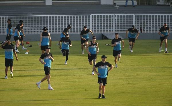पाकिस्तान को दी दुनिया की बेस्ट टीम बनने की हिदायत-