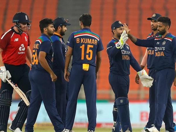 भारत और पाकिस्तान को फेवरेट बताया