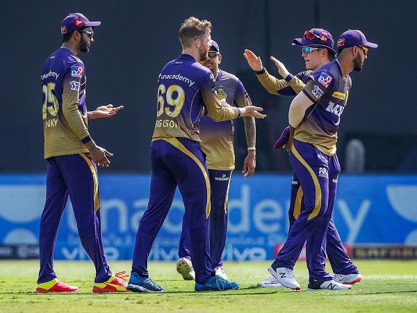 तीन विकेट से हार गया दिल्ली