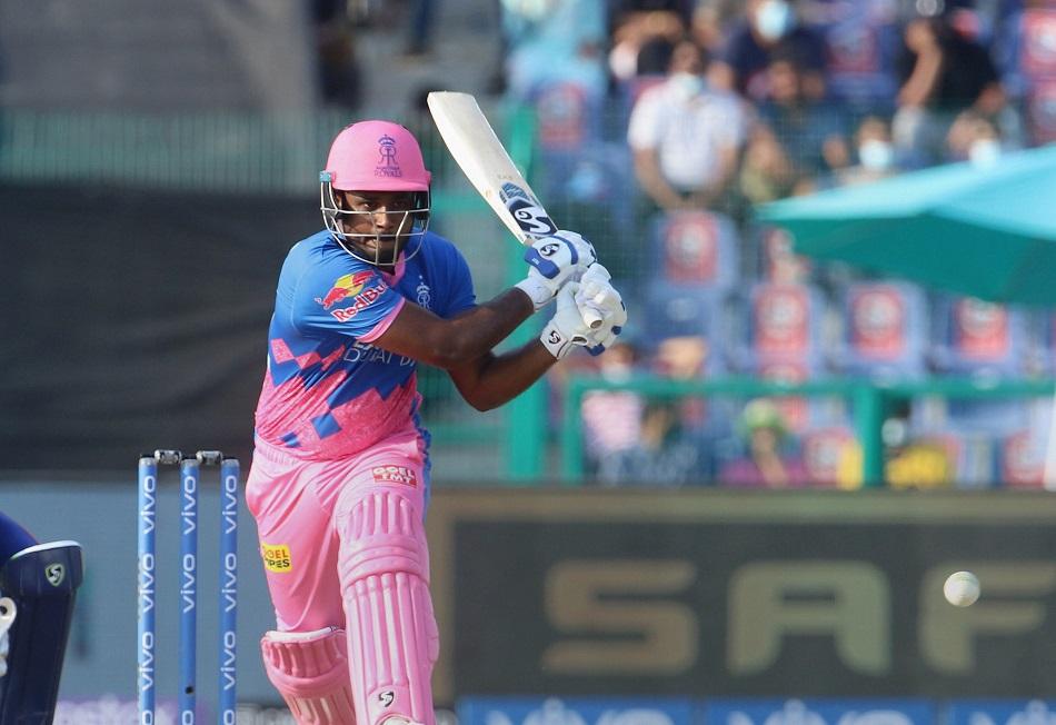 IPL 2021: इस बार रन बनाकर चर्चाओं में हैं संजू सैमसन, गायकवाड़ रह गए 1 रन पीछे