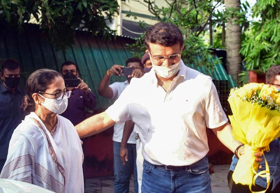 कोलकाता हाई कोर्ट ने सौरव गांगुली और बंगाल सरकार पर लगाया जुर्माना, गलत तरीके से लिया था प्लॉट