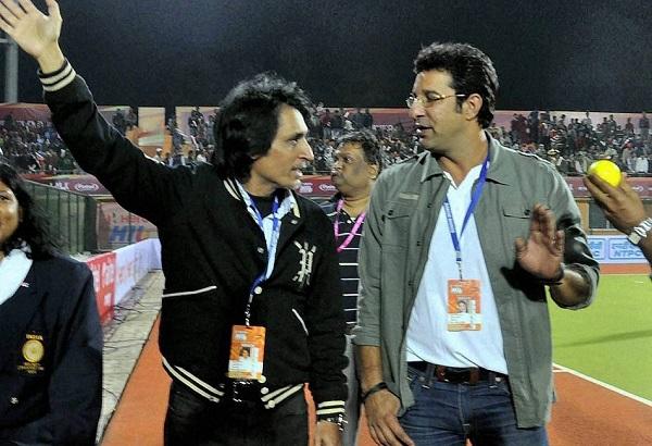 रमीज राजा को पाक क्रिकेट के गिरने का डर-