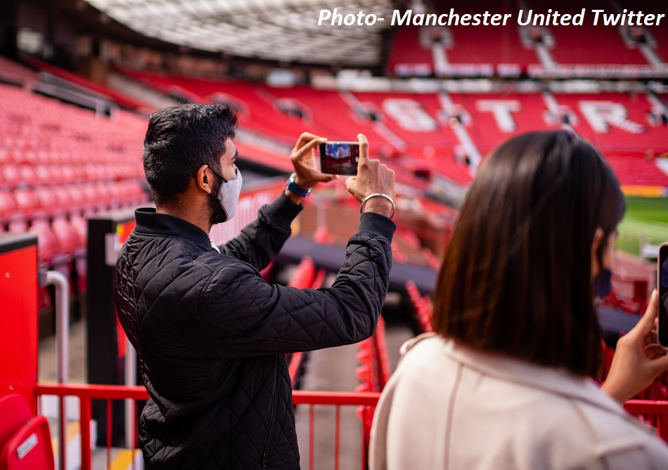 Jasprit Bumrah reached Manchester Uniteds home ground with wife Sanjana Ganesan after break from IPL