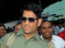 Congratulations Ms Dhoni Sakshi On The Arrival Their Angel Said Abhishek Bachchan
