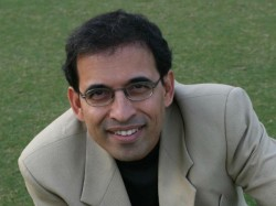 Out Of Ipl Harsha Bhogle Takes Dig At Ms Dhonis Batting