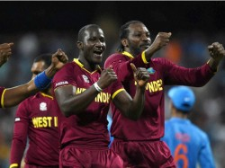 Chris Gayle And Dwayne Bravos Top Less Dance After West Indie Victory