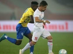 Delhi Dynamos Beats Kerala Blasters Go Top The Table