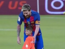 Afghan Boy Refuses Leave Lionel Messi On Ground