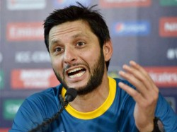 Shahid Afridi S Boom Boom Reply Ian Chappell S Kick Pak Up The Bum Comment