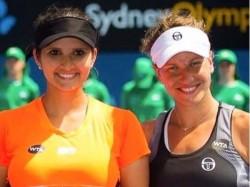 Sania Mirza Rohan Bopanna Enters Second Round Australian Open