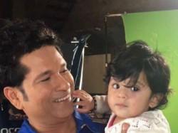 Valentines Day Sachin Tendulkar Shares Light Moment With Harbhajan Singh Daughter