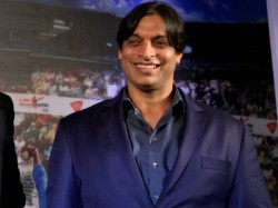 Watch Virender Sehwag Burns Shoaib Akhtar With Yet Another Trolling Masterclass