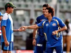 Glenn Mcgrath Says That He Want See How Arjun Tendulkar Bowls