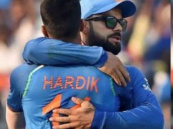 India Vs New Zealand Aap Tension Mat Lo Hardik Pandya Told Virat Kohli In Final Over