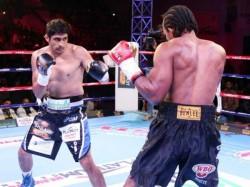 Vijender Singh Beats Ghanas Ernest Amuzu Register 10th Consecutive Victory