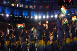 No Sari India Women Athletes Wear Trousers Blazer At Cwg 2018 Opening Ceremony