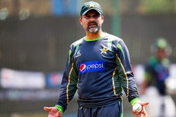 Moin Khan Slams Foreign Players Refusing Travel Pakistan