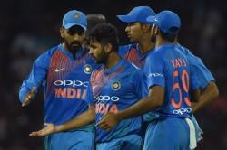 India Vs Sri Lanka Shardul Thakur Who Spent 27 Runs In An Over Now Spent 27 Runs In The Entire Match