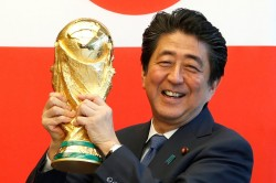 Fifa World Cup 2018 Parrot Predicts Japan Loss World Cup Opener