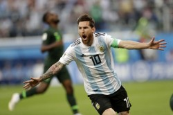 Fifa Wc 2018 Argentina Vs Nigeria Highlights Marcos Rojo Winner Takes Argentina To Last
