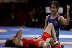 Asian Games 2018 Bollywood Congrats Vinesh Phogat