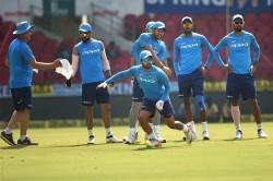 Kedar Jadhav Include Team India Squad Against Windies