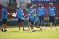 Kedar Jadhav Will Play 4th Odi Against Windies