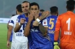 Dehli Dynamost Is Defeated Mumbai City Fc Isl