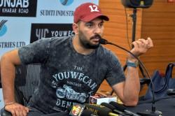 Excited Fans Want Watch Yuvraj Singh Play Chennai Super Kings Ms Dhoni