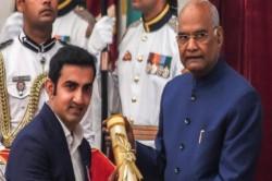 Gautam Gambhir Sunil Chhetri Receive Padma Aawards